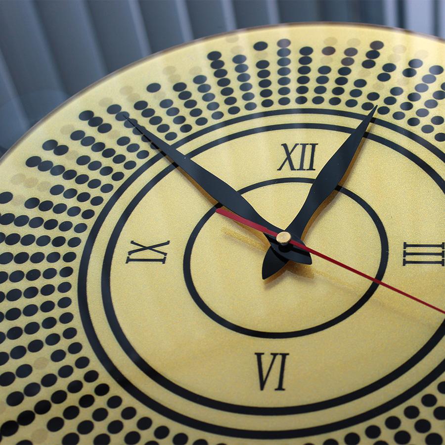 Часы с золотым перламутром4