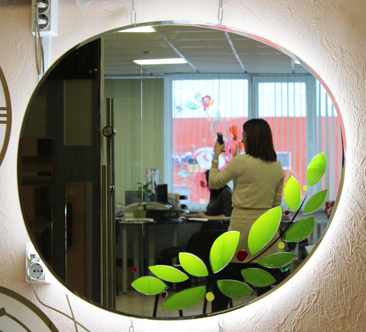 зеркало с подсветкой и фьюзингом