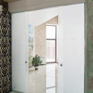 Сдвижные стеклянные двери с гравировкой Пермь