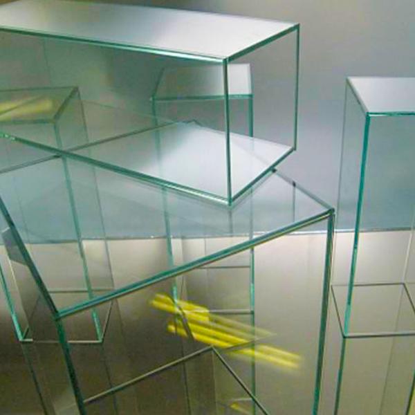 Клейка стекла